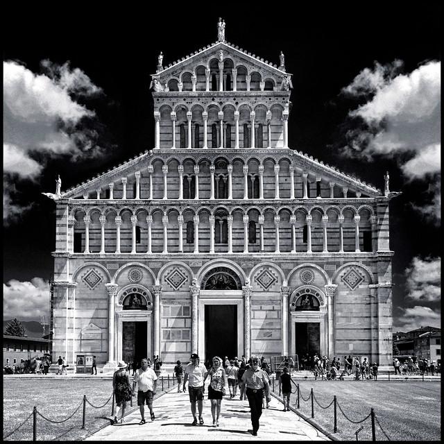 Italy - Tuscany - Pisa - Duomo 01_infrared sq_flipped sky_DSC8838