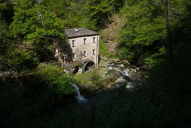 Il mulino di Bruzella (Valle di Muggio - Ticino)