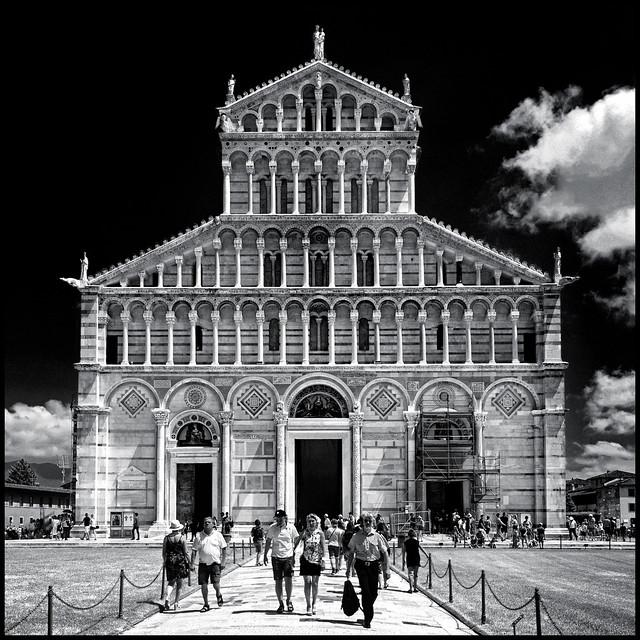 Italy - Tuscany - Pisa - Duomo 01_infrared sq_DSC8838