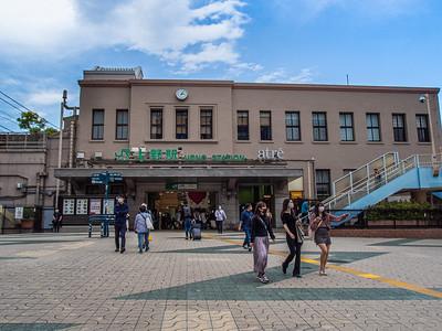 Nihon_arekore_02387_Ueno_Station_100_cl