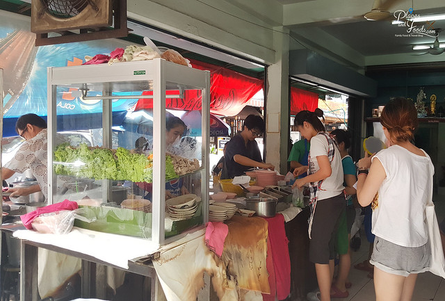 Rung Reung Pork Noodles sukhumvit
