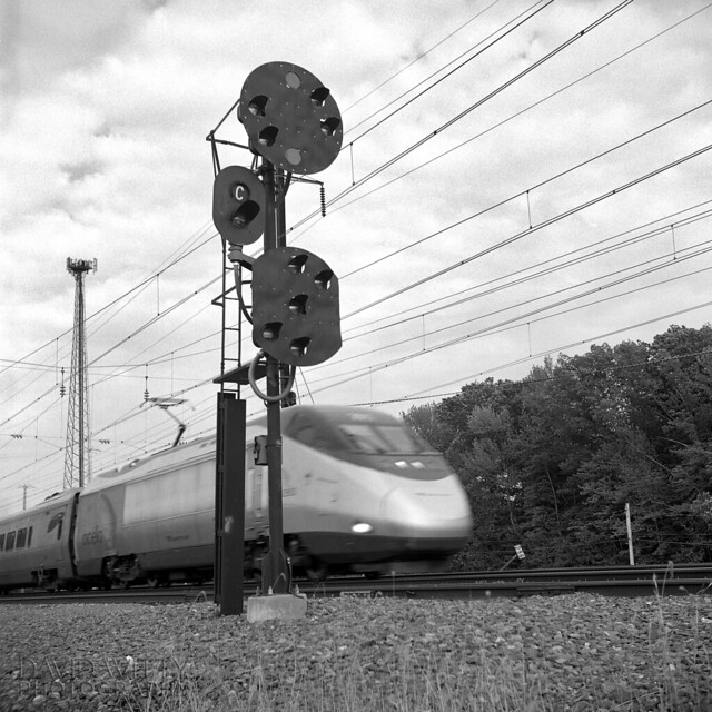 Acela At Perryville