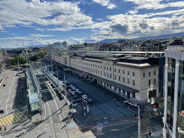 Bahnhof Genève vom Roof Top aus gesehen
