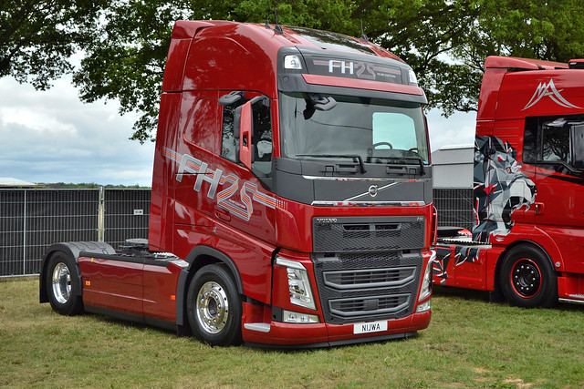 Volvo FH4 25Years Demo Nijwa