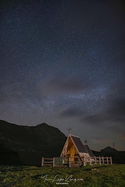 Ermita de la virgen de las nieves en Alto de la Cubilla