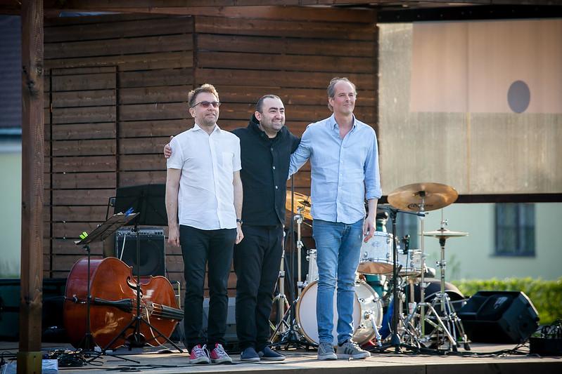 Jazzliit LIVE grüünes | Sooäär/Yaralyan/Ounaskari