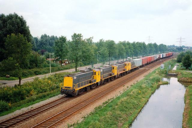 4 x NS 2200 + goederentrein/Güterzug/freight train  - Barendrecht Vork