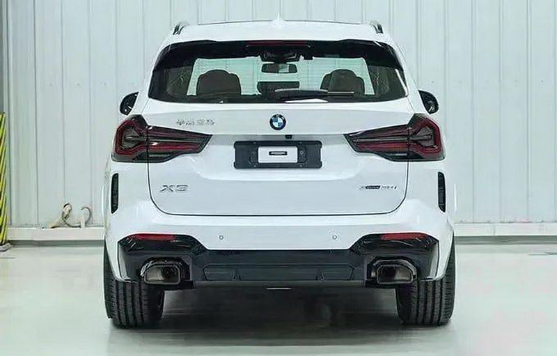 2022-BMW-X3-LCI-4