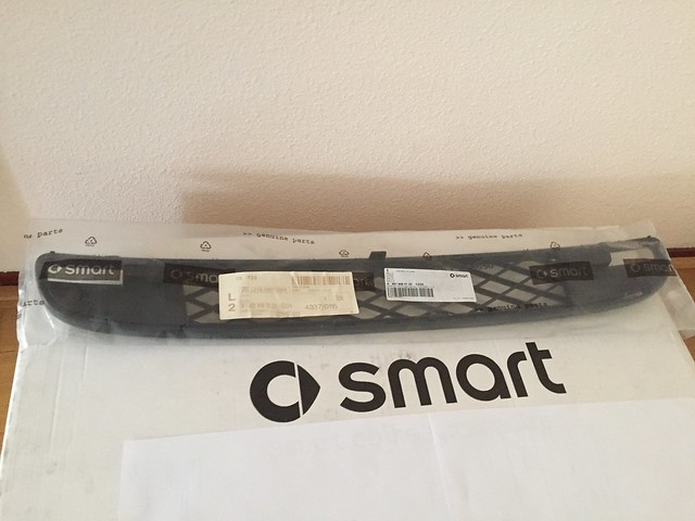 new Smart ForTwo 451 front grill grille