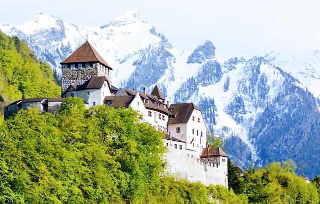 Perched-Liechtenstein