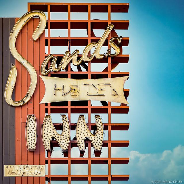 Sands Inn & Hotel / Sands Regency Casino