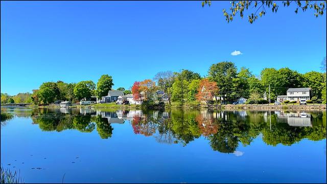 Island Grove Pond