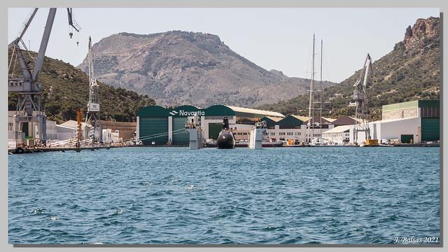 [0565] Submarino S-81: Isaac Peral. Secuencia de su puesta a flote en Navantia, Cartagena, el día 7 de mayo del 2021.