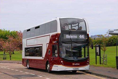SJ21 MYH 'Lothian Buses' No. 607. Volvo B5TL / Alexander Enviro 400MMC /1 on Dennis Basford's railsroadsrunways.blogspot.co.uk'