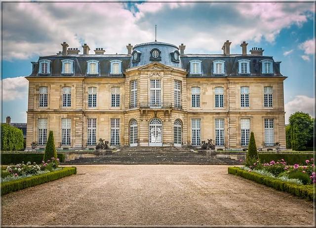 Champs-sur-Marne (F-77) Château