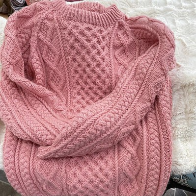 Debbie (@love.knit.spin.weave) finished this beautifully classic Honeycomb Aran by Patons using yarn stash!
