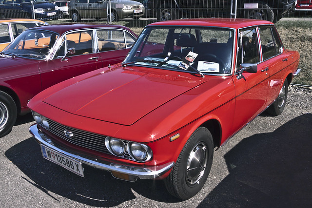 MAZDA 1500 Sedan 1973 (7779)