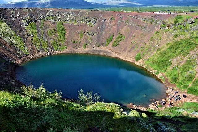 lago en el crater-KERID-Iceland