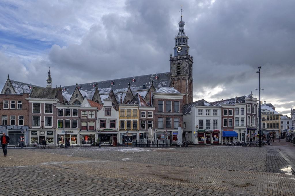 Markt & Grote of Sint-Janskerk - Gouda - NL