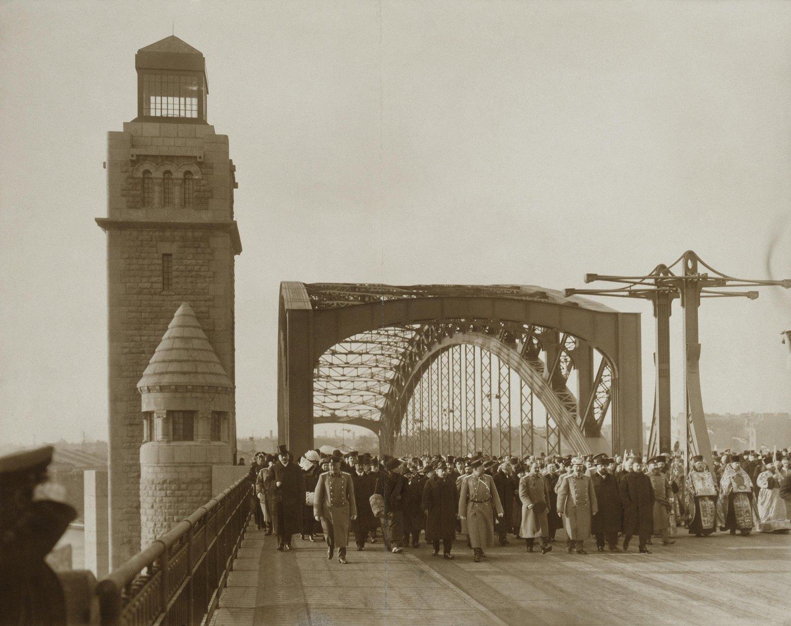 1911. Открытие моста имени Петра Великого