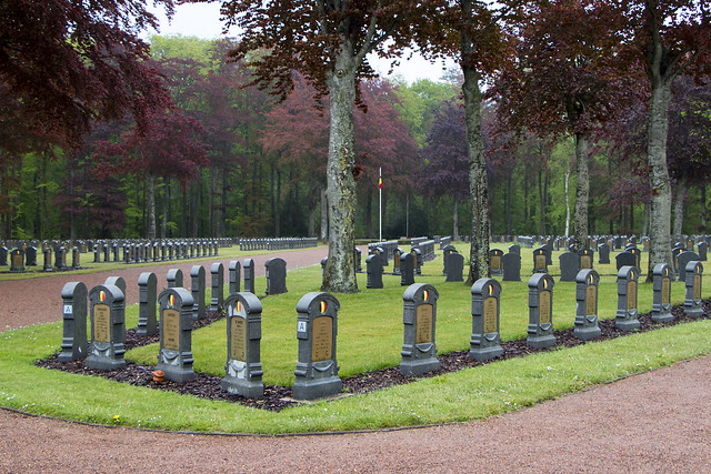 Belgian Military Cemetery (WW1) - Houthulst