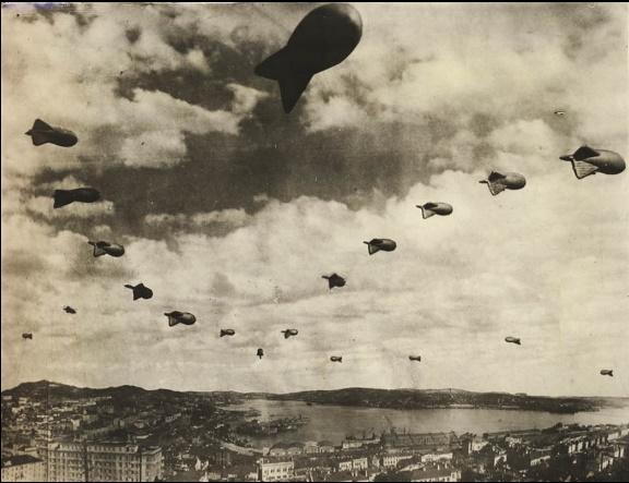 Аэростаты над Владивостоком. 1943 г.