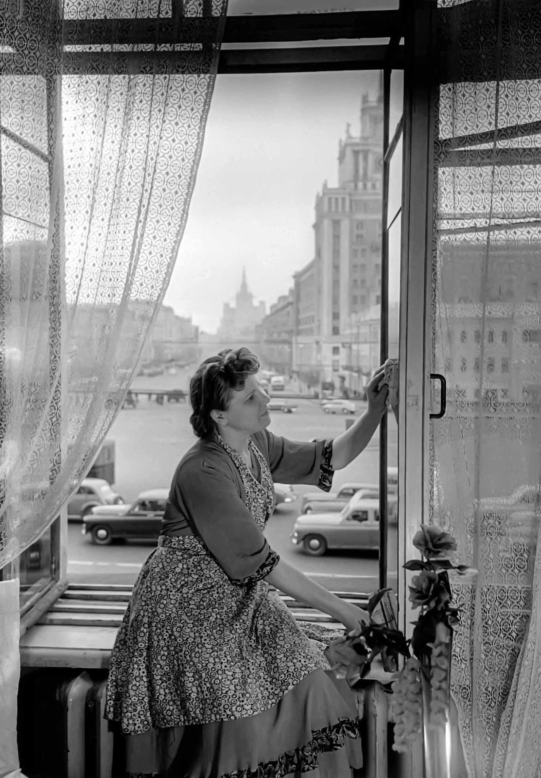1953. Площадь Маяковского. Апрель