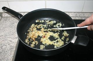 09 - Steam onion / Zwiebel andünsten