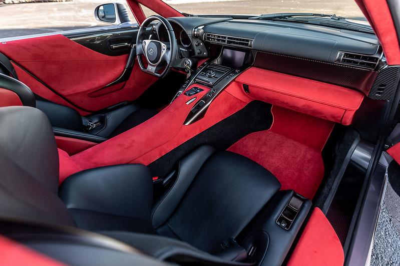 Lexus-LFA-9