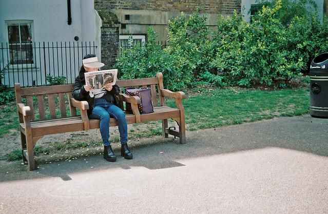 Bench reader
