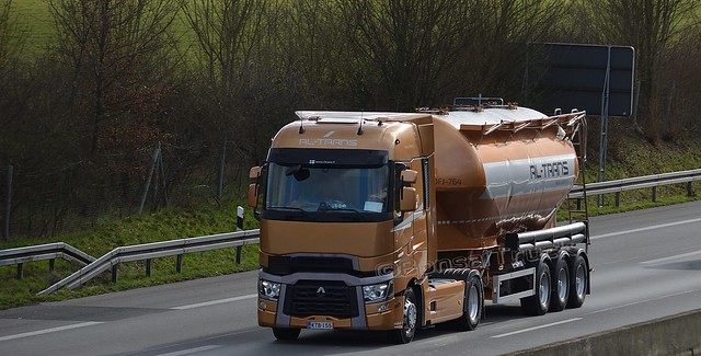 FIN - RL-Trans Renault Range T Highsleeper