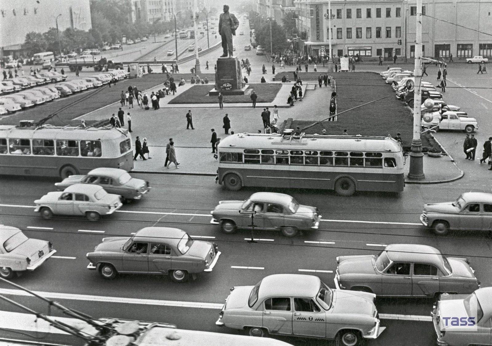 1967. Площадь Маяковского