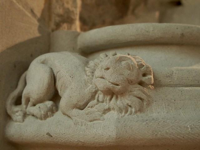A little stone lion