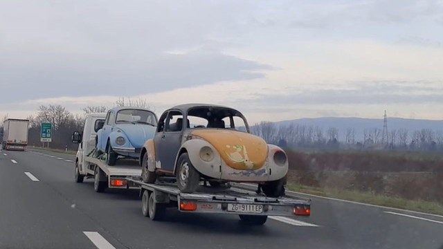 Oldtimers car towing