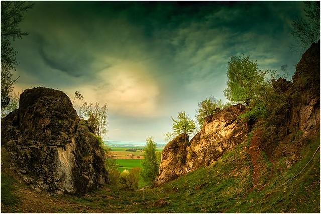 Felsen mit Durchblick