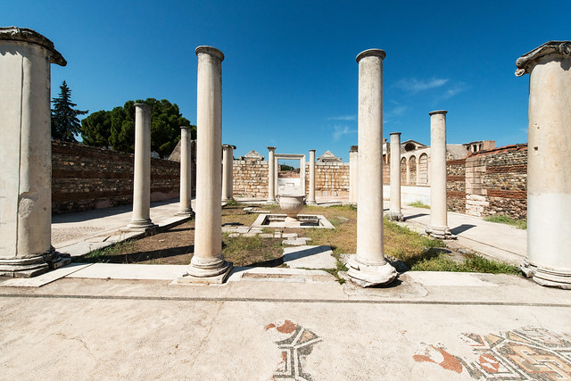 25- Sardis. The Monumental Synagogue - The Forecourt