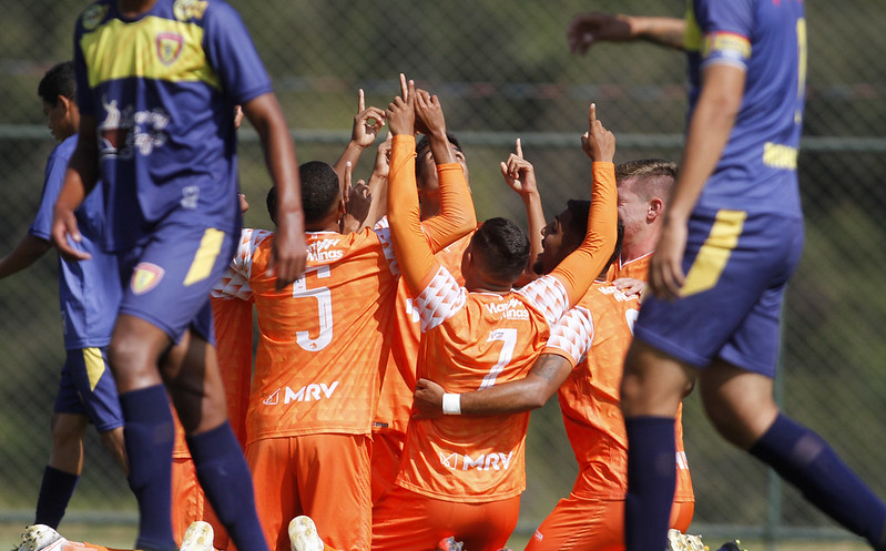 21-05-15 - Mineiro 2021 - Sub-20 - Coimbra2x0Minas Boca - f - Henrique Chendes (9)