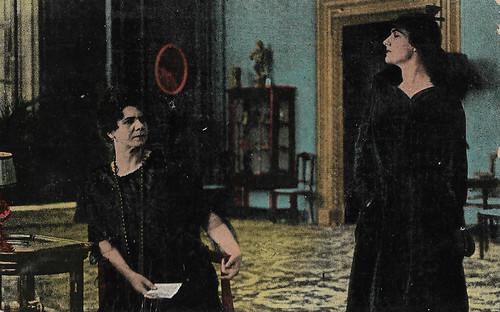Francesca Bertini and nella Montagna in La Superbia (1918)