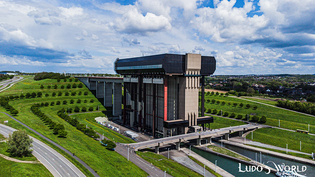 Canal du Centre (01)
