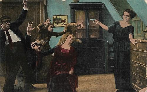 Francesca Bertini and Cia Fornaroli in La Superbia (1918)