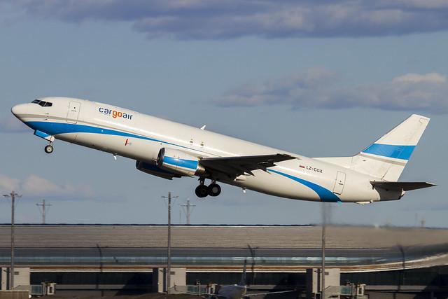 LZ-CGX Cargo Air Boeing 737-43Q(SF) cn:28489 / 2827