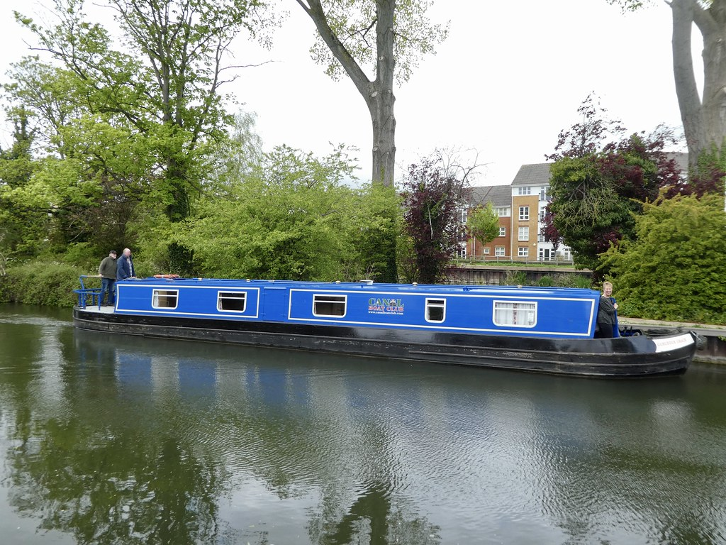 Canal boat on the River Thames at Reading