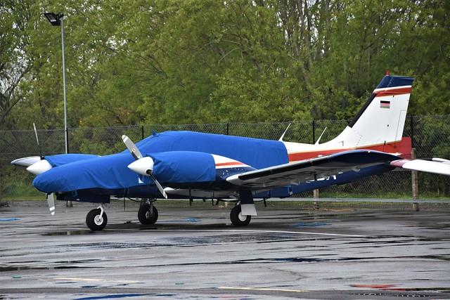 D-GJBA - PIPER PA-34 SENECA    Blackbushe