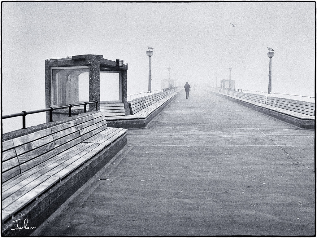 misty-day-at-the-pier