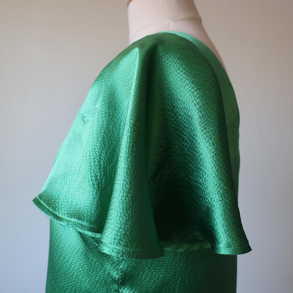 Green silk top side