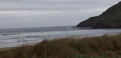 Playa la arena en este du00eda de primavera con tiempo inestable y buena temperatura sin oleaje