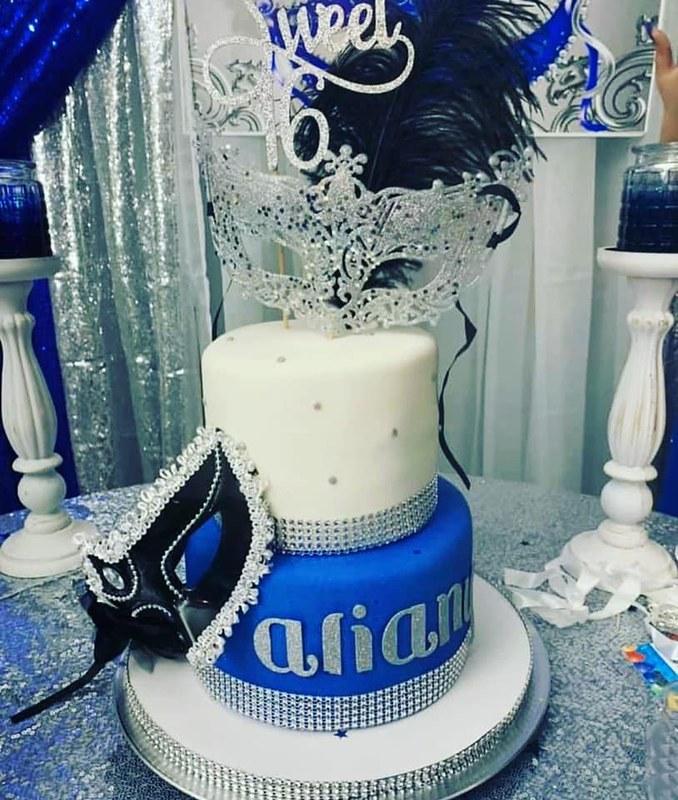 Cake by Johie G's Cakes