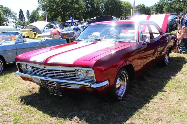 054 Chevrolet Impala (4th Gen) 4 door Sedan (1966) MCH 917 D