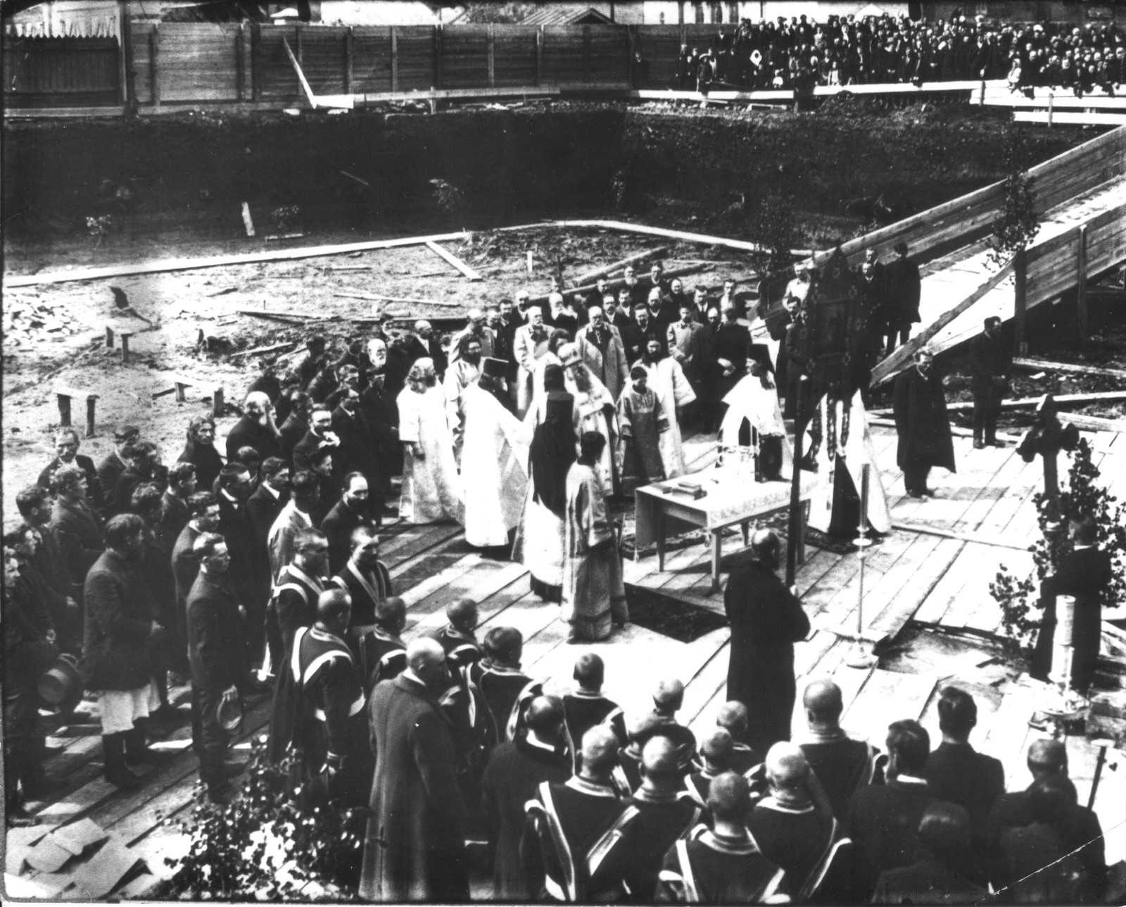 03. 1911. Закладка фундамента Феодоровского собора
