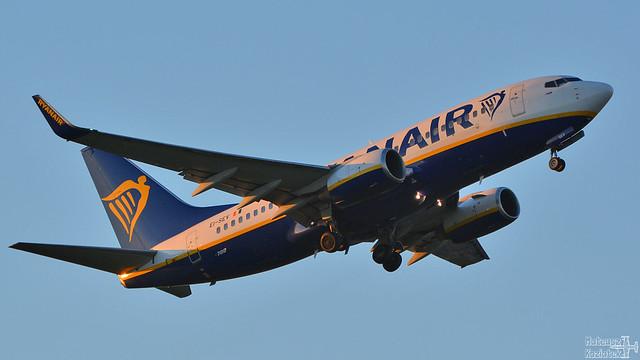 Ryanair 🇮🇪 Boeing 737-700 EI-SEV